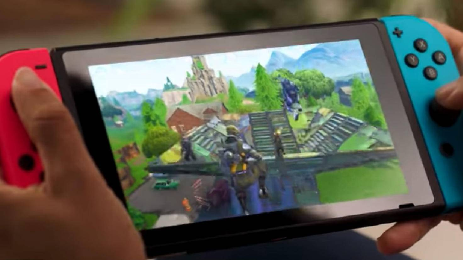 """Fortnite"" also supports on the Nintendo Switch Crossplay, ""Dauntless"" should make it similar soon."