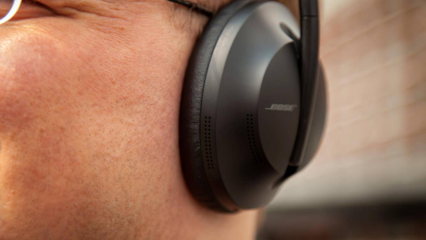 bose headphones-700-5