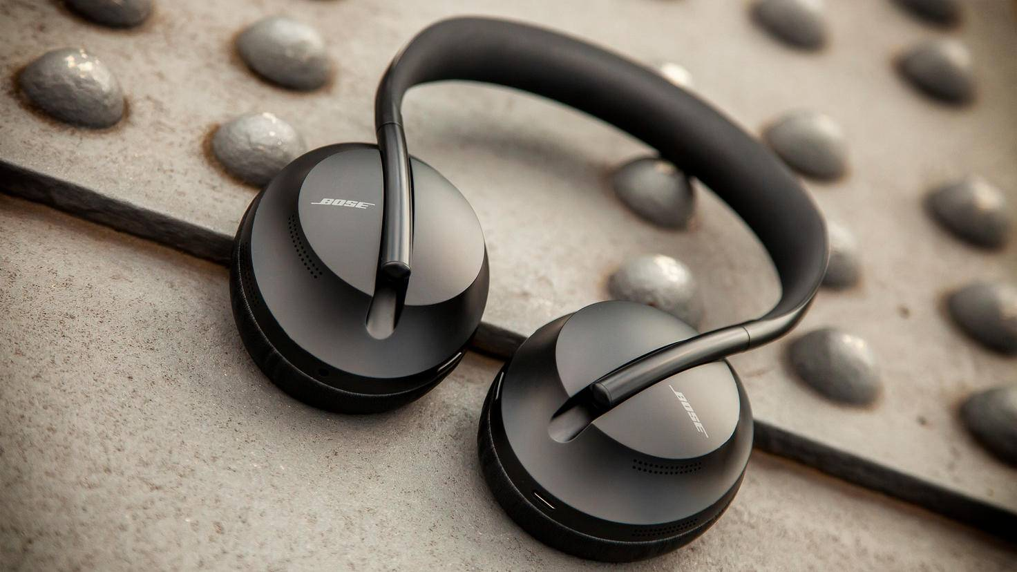 bose headphones-700-2