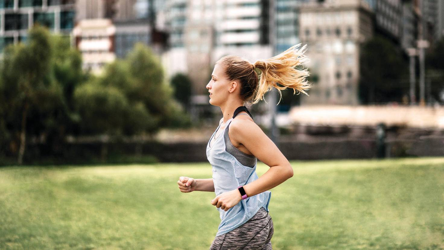 Fitbit Charge 4 Lifestyle Sport Shot