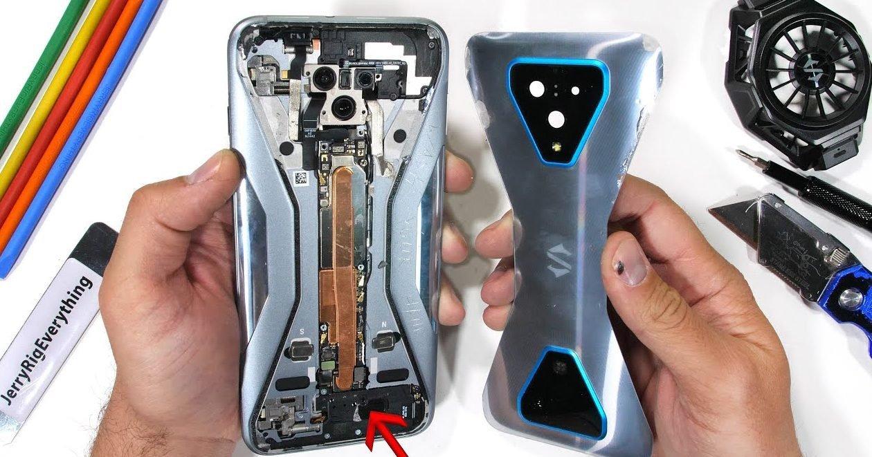 Estos son los smartphones menos resistentes de 2020, ¿habrá algún Xiaomi entre ellos?. Noticias Xiaomi Adictos