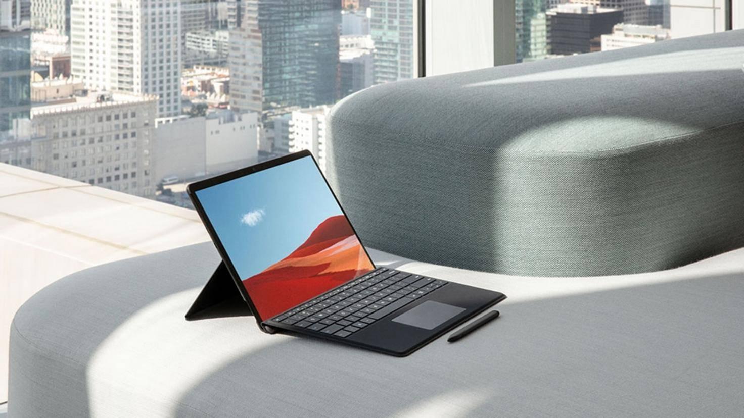 Microsoft-Surface-Pro-X-01