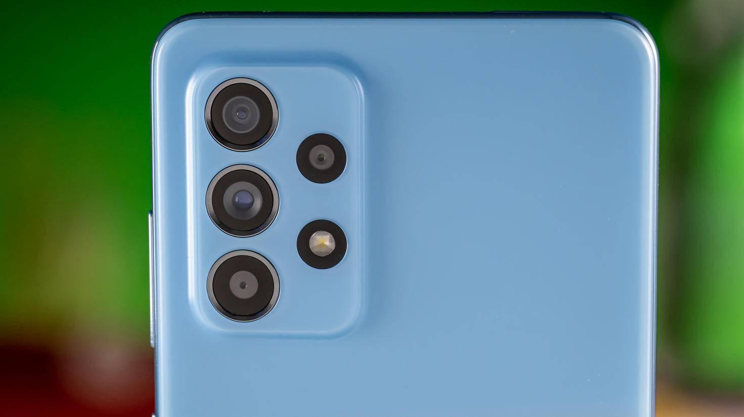 Samsung-Galaxy-A52-3