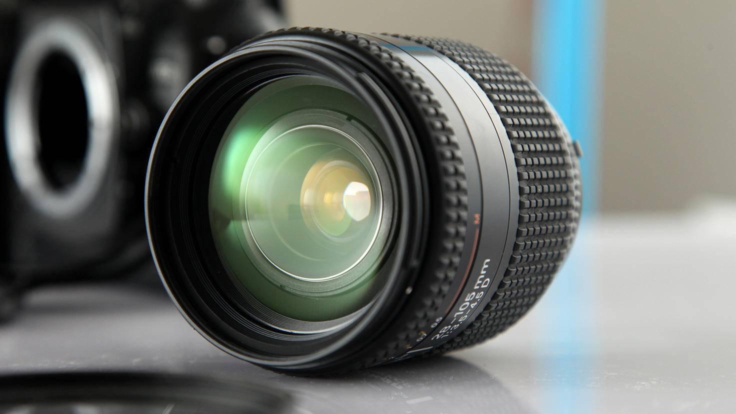 Lens lens reflex camera